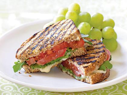 tomato-sandwich-ck-1898530-x