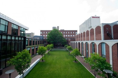 15782_penn-law-courtyard